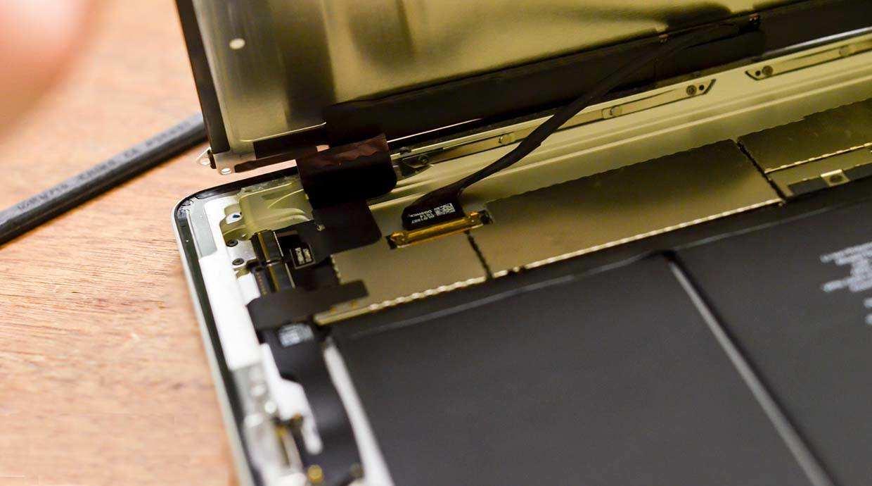 ipad display cable loose